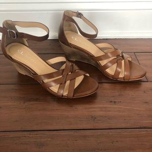 CL by Laundry Brown Wedge Sandals Size 10